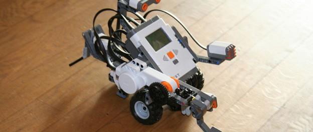 Aquesta Setmana Santa vine al taller de robòtica amb Lego Mindstorms