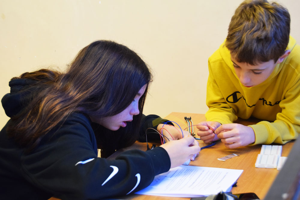 Les habilitats STEAM (Ciència, Tecnologia, Enginyeria, Arts i Matemàtiques) fomenten la capacitat de pensar per un mateix