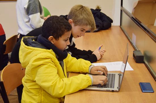 Blended learning: què és l'aprenentatge combinat i quins són els seus avantatges