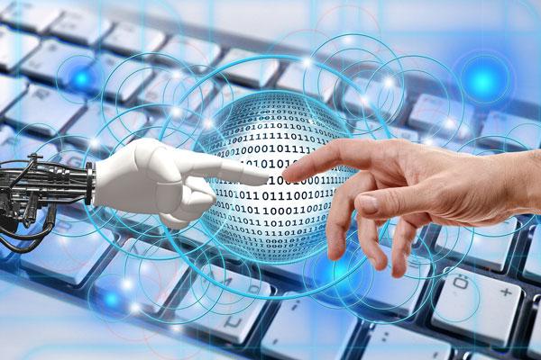 La pandèmia accelera el creixement del sector TIC